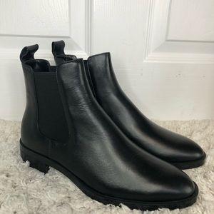 Zara NWOT Black Leather Chelsea Boots 39